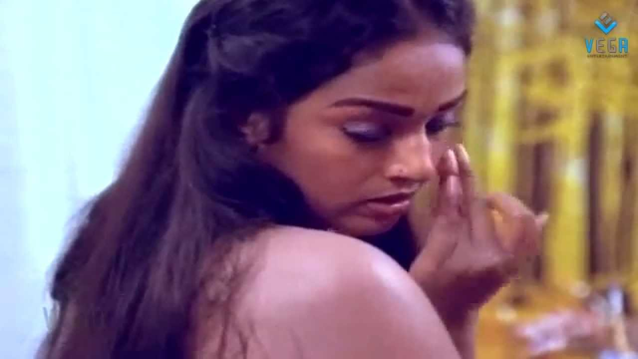 Tamil Xxxn Awesome december pookal movie : nalini giving pose for a painting - youtube