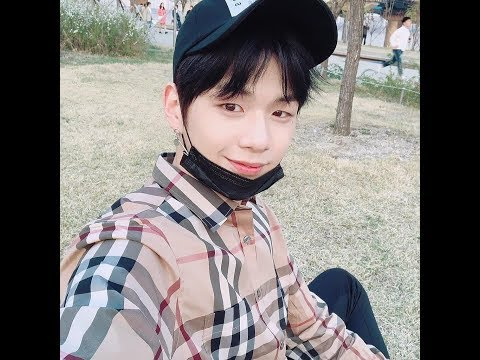 [180409] Kang Daniel and Kim Jaehwan [NielHwan] on Date▪They're riding skateboard together▪