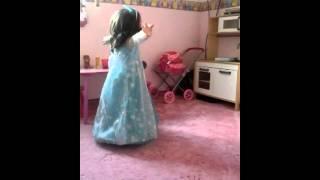 Frozen Elsa eiskönigin singen musik