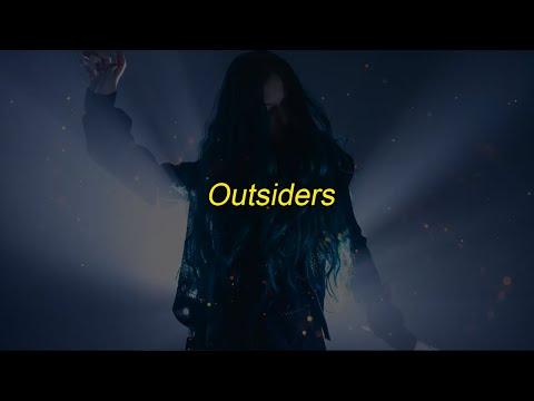 Au/Ra - Outsiders {Lyrics + Sub. Español}