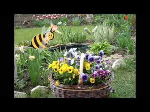 Как украсить двор. Веселый декор для сада, двора