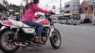 Video Nostalgicbike.com (Japanese beautiful Motorcycle Girl)  |  カッコイイ女性Z乗り download MP3, 3GP, MP4, WEBM, AVI, FLV November 2017