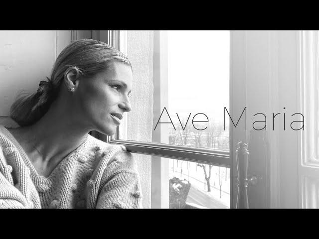 Michelle Hunziker - Ave Maria