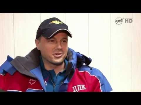 Video: Reid Wiseman post-landing interview - YouTube