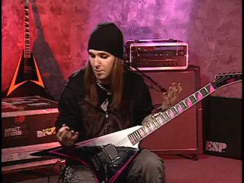 Alexi Laiho Reveals His Back Stage Warm-up Routine!