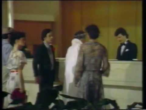 LEONARD COHEN - I am a Hotel (1983)