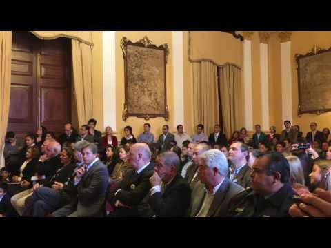 Presentación Libro Made in Corrientes - Entrega de camionetas a escuelas agrotécnicas