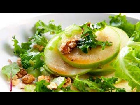 Watch Recipe: Apple And Walnut Salad