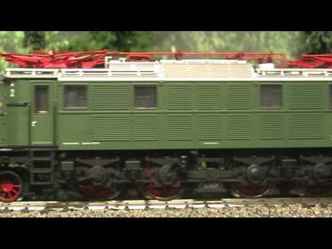 Modellbahn-Neuheiten (489) Trix 22176 BR 117