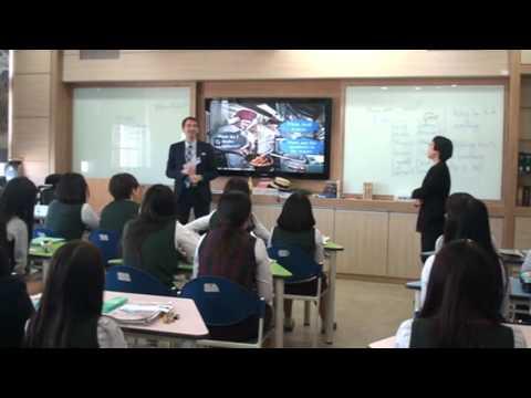 원어민강사5 4 Example Teaching in Classroom
