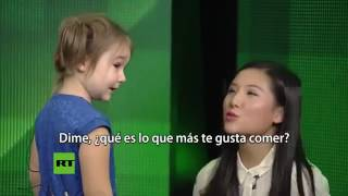 WOOOOOWWWWW... !!! Amazing 4 Year Old Russian Girl Speaks 7 Languages Fluently