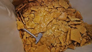 Packing Cashew Brittle