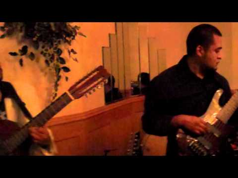 Reflejo Musical De Round Lake - La Chuparosa
