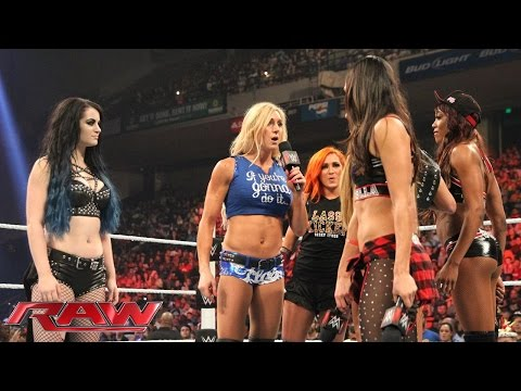 Charlotte crashes Team Bella's party with some stunning news: Raw, September 7, 2015
