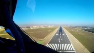 Primer aterrizaje en Madrid de nuestro primer Dreamliner