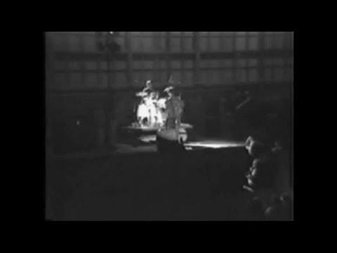 The Monochrome Set - Ici Les Enfants (M80 Concert Live, 1979)