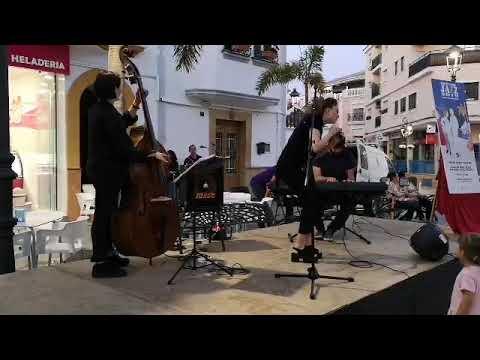 Bárbara Pareja Trío en la presentación del Portón del Jazz 2019
