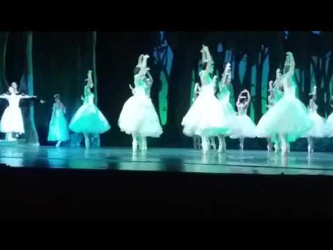 """""""Giselle"""" por el Ballet Nacional de Cuba"""