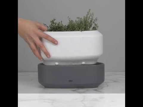 Chefn Self Watering Herb Planter Youtube