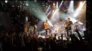 All time low dear maria count me in Amsterdam 4-4-2017