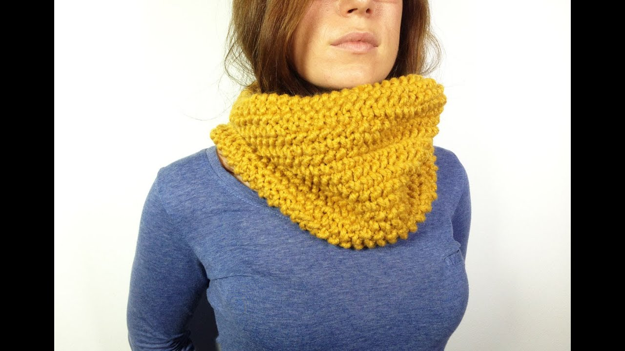 How to Loom Knit a Cowl in Seed Stitch (DIY Tutorial) - YouTube