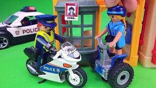 Escape from prison. Chase on a police car. Adventures of my toys Playmobil Unboxing