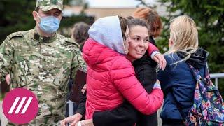 «Угрожали, что сережку выдерут плоскогубцами». Белорусская журналистка — о 10 днях в СИЗО