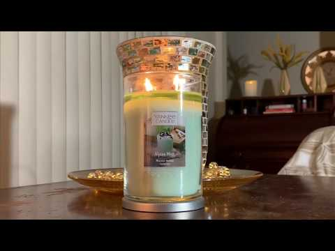 "Yankee Candle Holiday Newness! ""Alpine Mint"" Candle Review • Mountain Holiday Collection"