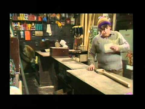 The Two Ronnies - Four Candles 480p