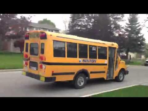 Girardin Blue Bird Micro Bird School Bus