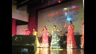 GK- Daandiya Aattam & Aaja Nachale Dance