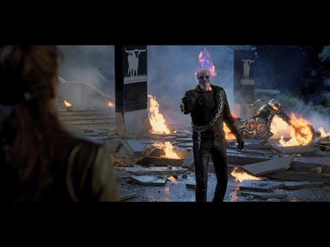 Полиция пытается остановить Призрачного гонщика \ Призрачный гонщик Ghost Rider
