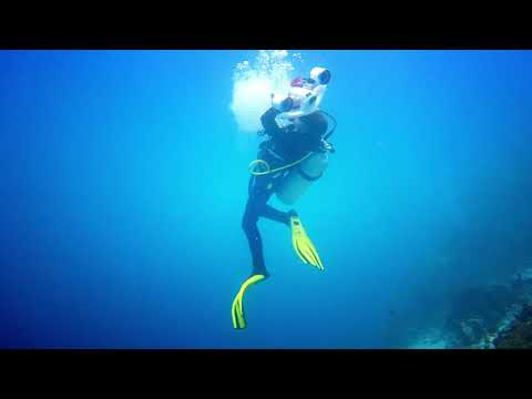 Sublue WhiteShark MIX Underwater Scooter For Girls Scubadiving
