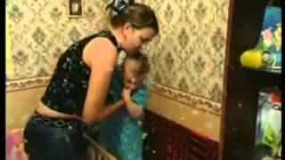 видео Штробление стен без пыли болгаркой и водой мокрый рез