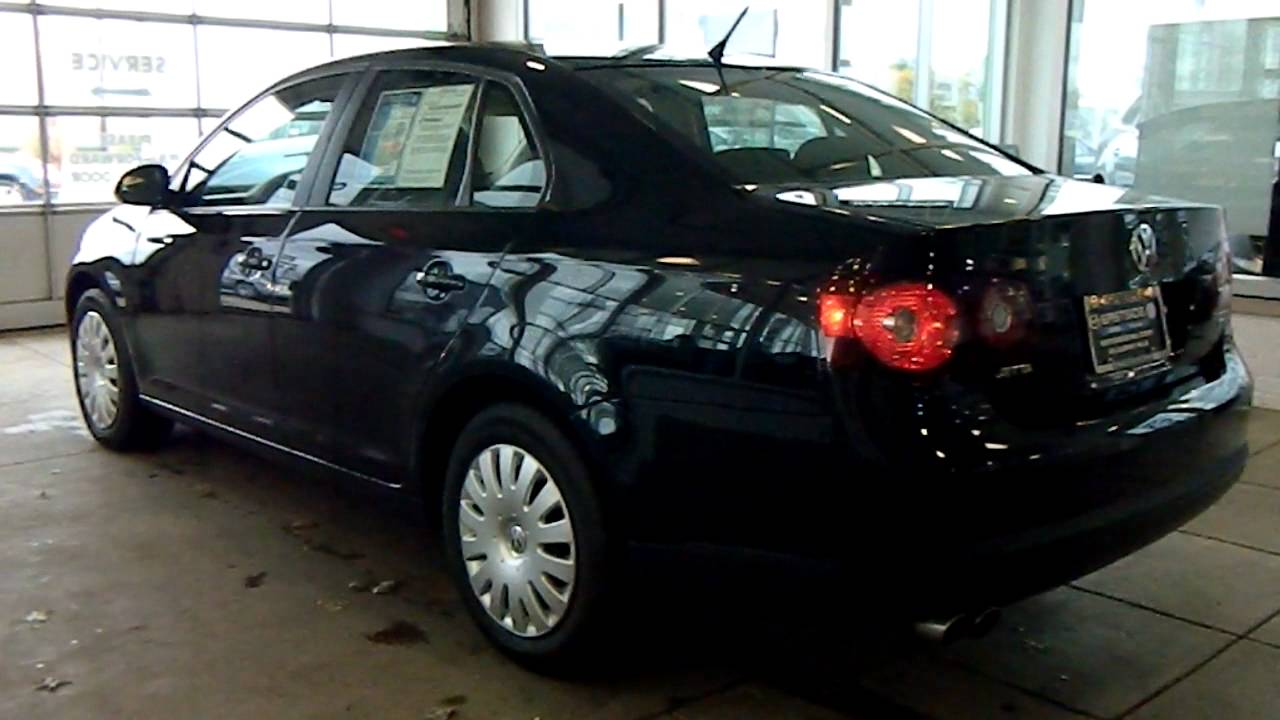 Black 2009 VW Jetta 2.5 S @ Eastside Volkswagen in Cleveland, Ohio