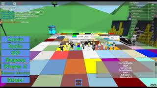 DANCING TIME IN ROBLOX!!! DANCE THE HYPE!!!
