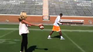 ESPN's Samantha Steele Connects With Vols' WR Justin Hunter (9/11/12)