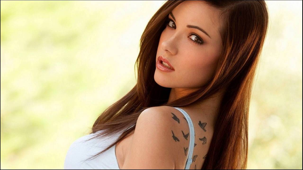 Best Hair Color Ideas For Brunettes Along With Highlights Youtube