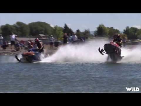 Snowmobile on Water Racing