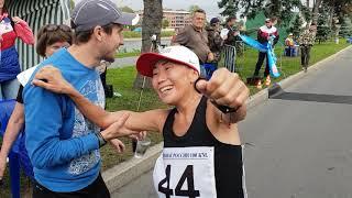 Финиш Н.Гоголевой и Д.Захарченко - золотого и серебряного призёров ЧР бег 100 км 7:44.50 и 7:45.41