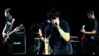 Video clipe da múcica Luzes da banda AIVE. Video produzido e dirigi...