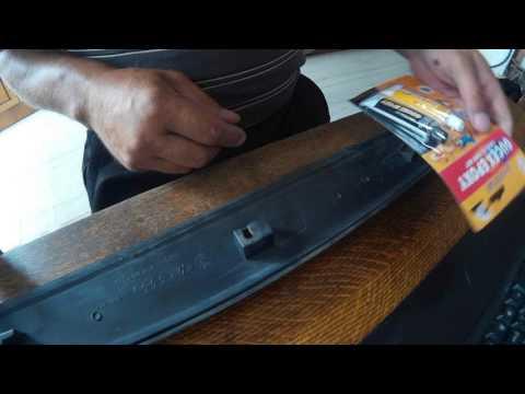Ремонт крепления пластмассовой  накладки (молдинг) двери автомобиля VW Passat B3