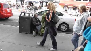 San Francisco Bush Man Scaring People -RRyanlewis PRANKS-