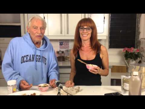 85 YEAR OLD RAW FOODIST/Herbie tries stinky Durian | dara dubinet