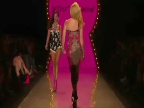 Tamiris Freitas - Betsey Johnson  Spring Summer 2012 Fashion Show