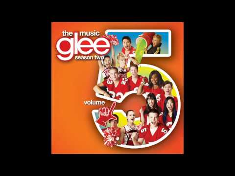 13 - Kiss  [Glee Cast Version] [Volume 5 - 2011] [HD]