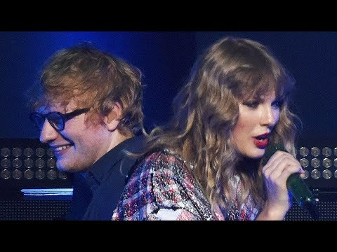 Taylor Swift & Ed Sheeran SURPRISE Crowd...