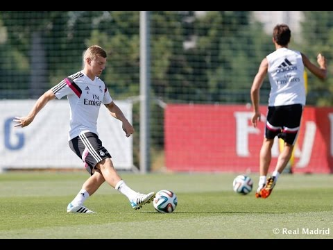 Real Madrid - Back to training to prepare for the Supercup of Spain