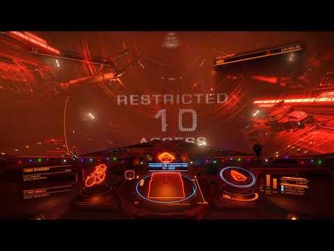 Elite Dangerous - Severely damaged station under evacuation - Fusion reactor exposed