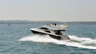 Fairline Phantom 43 vs Princess 42